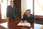 Macedonian President Gjorge Ivanov signs the commemorative book