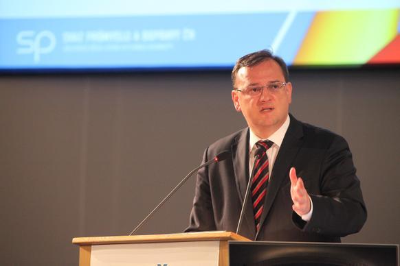 Předseda vlády Petr Nečas se v pondělí 10. září 2012 zúčastnil Sněmu Svazu průmyslu a dopravy v Brně