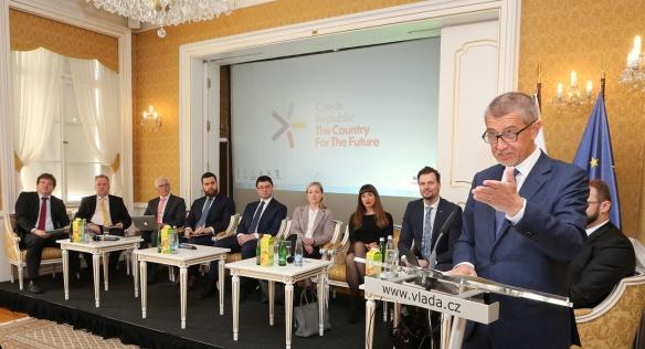 První panel konference Czech Republic: The Country For The Future v Lichtenštejnském paláci, 18. února 2019.