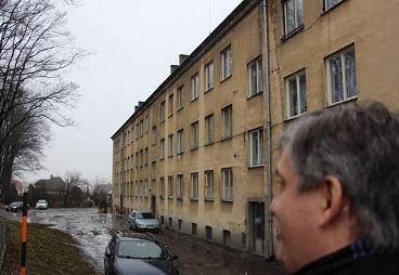 Ministr Dienstbier navštívil pracovně vyloučenou lokalitu v Budišově