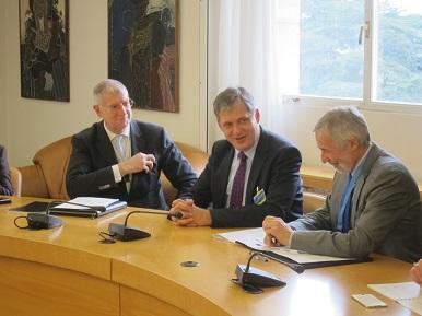 Ministr Dienstbier v Ženevě na zasedání Rady OSN pro lidská práva