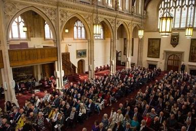 Ministr Jiří Dienstbier uctil v Londýně památku Sira Nicholase Wintona