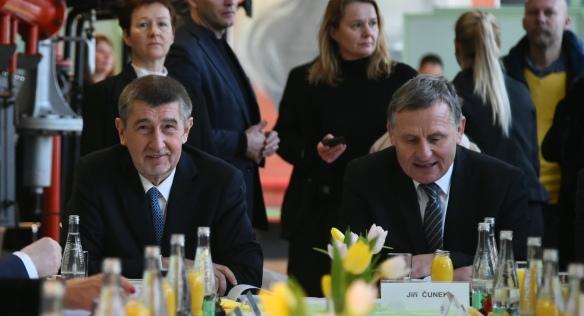 Členové vlády jednali s Radou Zlínského kraje o hlavních tématech kraje, 5. března 2018.