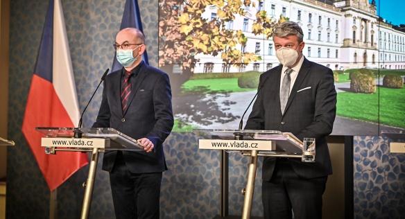Tisková konference po jednání vlády, 9. listopadu 2020
