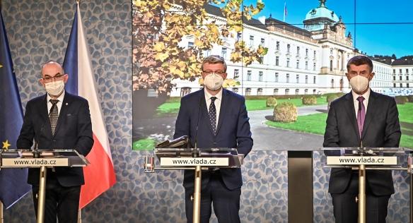 Tisková konference po jednání vlády, 14. prosince 2020.