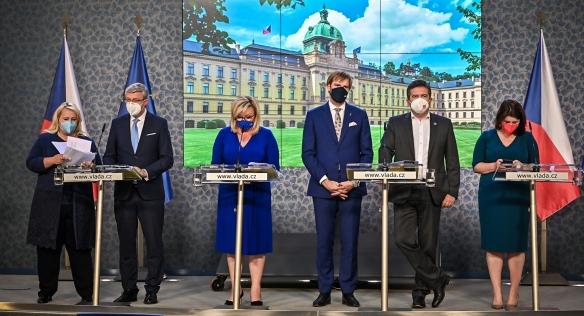 Tisková konference po jednání vlády, 27. září 2021.