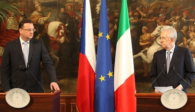 During the meeting in Rome, the Prime Minister Petr Nečas and the Prime Minister Mario Monti emphasized that relations between the Czech Republic and Italy are excellent.