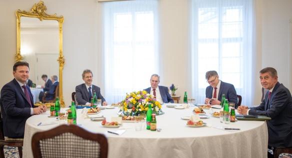 Schůzka nejvyšších ústavních činitelů k zahraniční politice, 11. března 2020.