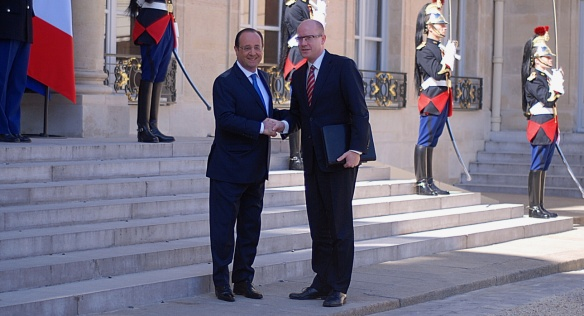 On 17 April 2014, Prime Minister Bohuslav Sobotka met with French President François Holland during a two-day trip to France.