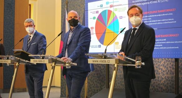 Tisková konference po jednání vlády, 17. května 2021.