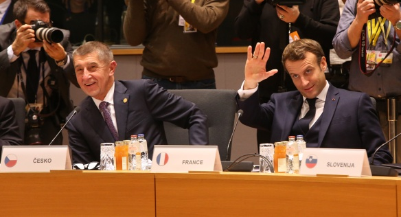 Czech Prime Minister Andrej Babiš and French President Emmanuel Macron before the European Council meeting, 12 December 2019.