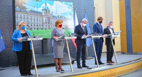Tisková konference po jednání vlády, 14. června 2021.