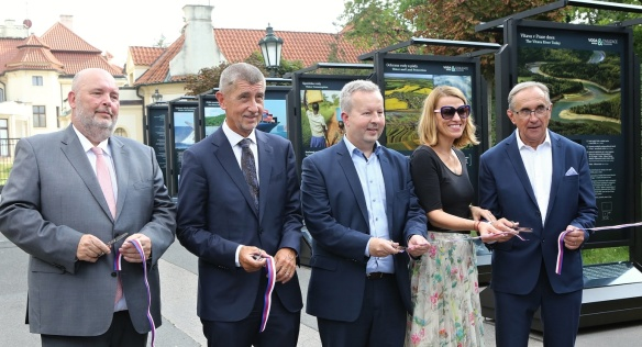 Opening of the permanent exhibition Water and Civilization in Front of Kramář´s Villa, 27 August 2019.