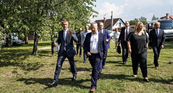 Premiér v Karlovarském kraji řešil dostavbu dálnice D6 i rekonstrukci hotelu Thermal, 30. srpna 2019.
