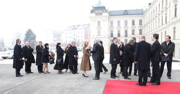 Jiří Rusnok received the new prime minister and the ministers of his Cabinet at the Office of the Government on 29 January 2014.