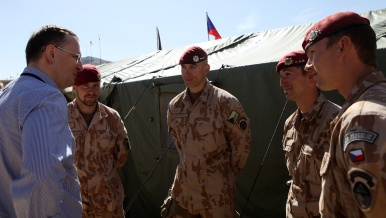 Prime Minister spends weekend with Czech soldiers in Afghanistan, 14th April 2013