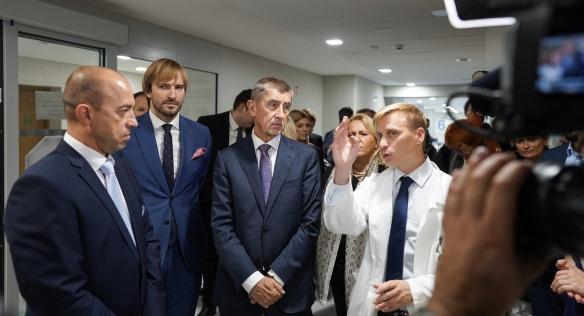 Během návštěvy Plzeňského kraje navštívil premiér Andrej Babiš Fakultní nemocnici Plzeň, kde otevřel zrekonstruovaný urgentní příjem, 9. října 2019.
