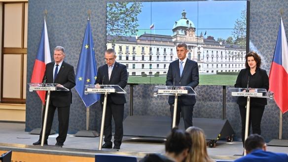 Tisková konference po jednání tripartity, 25. března 2019.