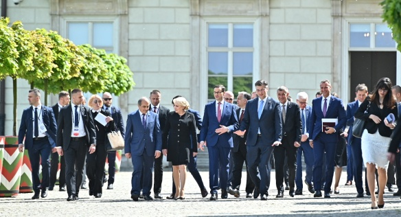 Czech Prime Minister celebrates with European leaders in Warsaw the anniversary of EU accession, 1 May 2019.