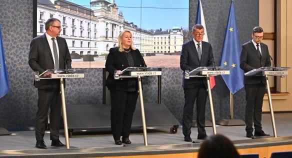 Tisková konference po jednání vlády ve středu 27. února 2019.