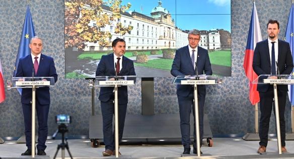 Tisková konference po jednání tripartity ve Strakově akademii, 18. listopadu 2019.
