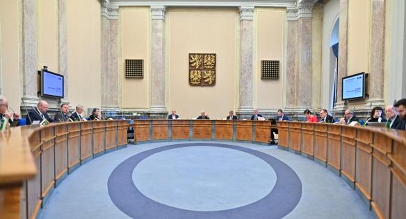 Rada vlády zvolila členku předsednictva TA ČR a předsedu Komise pro problematiku klimatu, 28. února 2020.