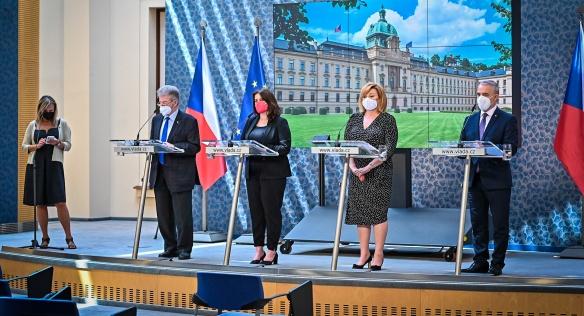 Tisková konference po jednání tripartity, 21. června 2021