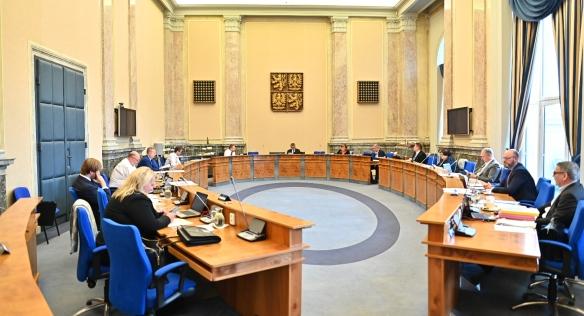 Jednání vlády se opět uskutečnilo ve Strakově akademii, 22. června 2020.