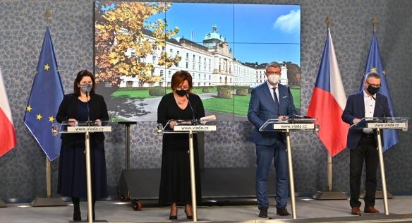 Tisková konference po mimořádném jednání vlády, 14. října 2020