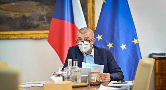 Předseda vlády Andrej Babiš během mimořádné schůze kabinetu, 2. března 2021.
