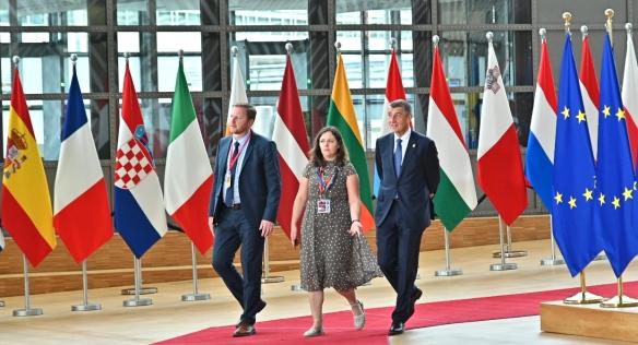 Premiér se 30. června až 2. července 2019 zúčastnil mimořádného zasedání Evropské rady v Bruselu.