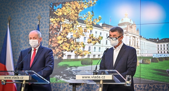 Tisková konference po mimořádném jednání vlády, 27. října 2020.