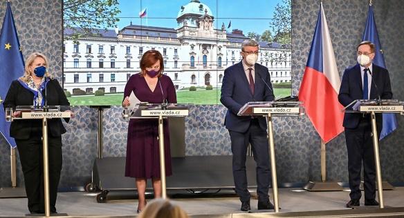 Tisková konference po jednání vlády, 12. dubna 2021.