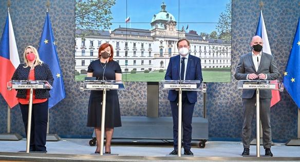 Tisková konference po jednání vlády, 26. dubna 2021.