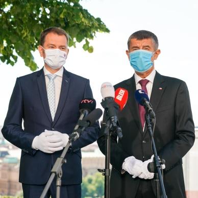 Česko-slovenská hranice se o půlnoci otevře pro občany obou zemí, dohodli se premiéři Andrej Babiš a Igor Matovič
