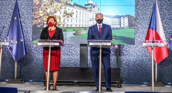 Tisková konference po mimořádném jednání vlády, 16. října 2020