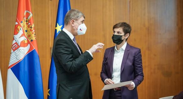 Premiér Babiš jednal v Bělehradě se srbskou premiérkou Anou Brnabićovou o zkušenostech s očkováním proti covid-19, 10. února 2021