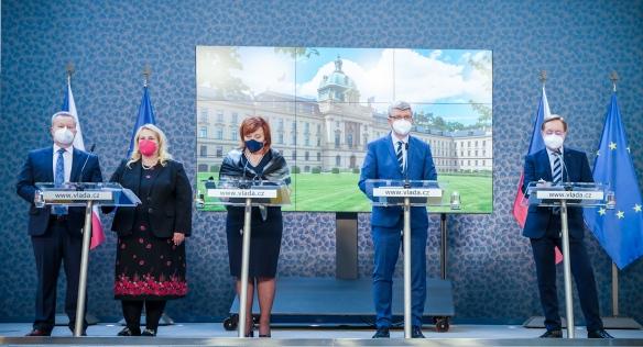 Tisková konference po jednání vlády, 24. května 2021.