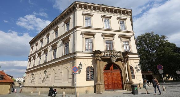 Reprezentační prostory Lichtenštejnského paláce si v sobotu a ve státní svátky přišlo prohlédnout 850 zájemců, 6. července 2021.